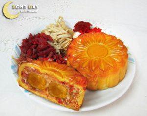 Bánh trung thu Givral Thập cẩm gà quay vi cá đặc biệt