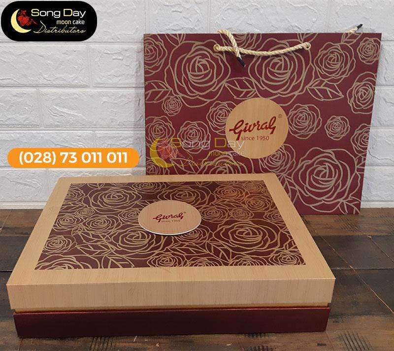hộp bánh trung thu Givral 6 bánh 4